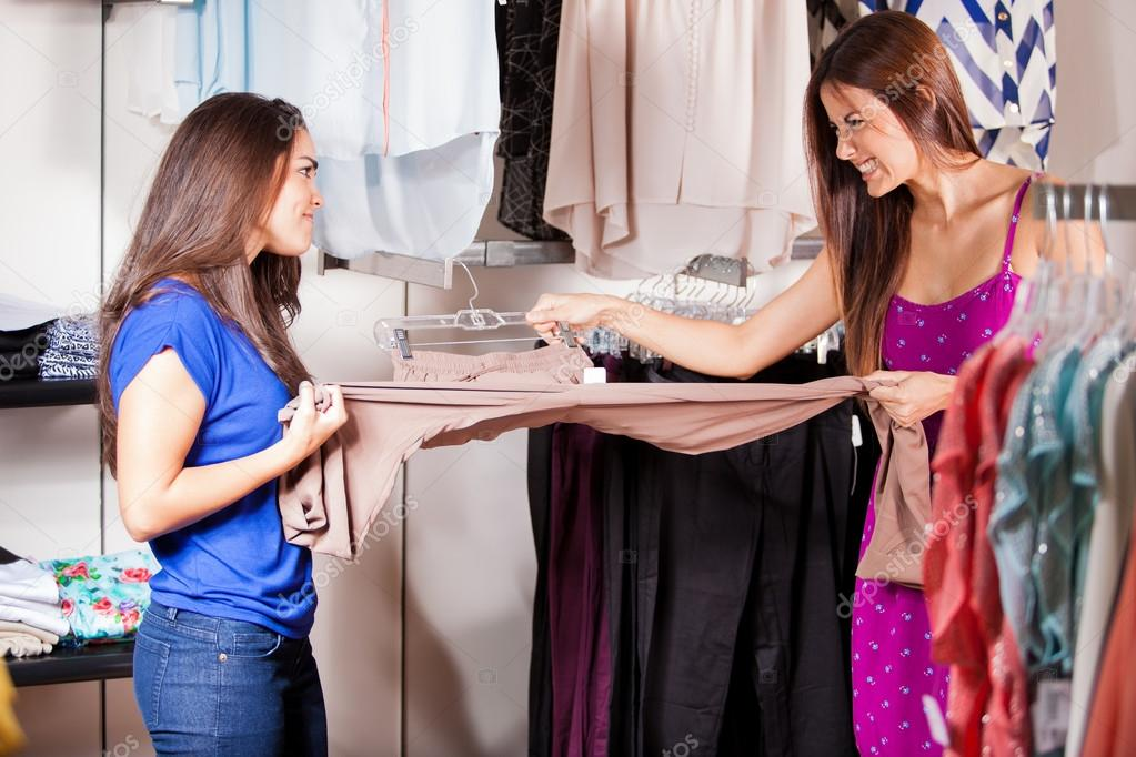 Contactos de mulheres em loja Valença-9511
