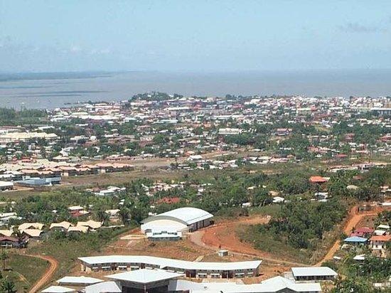 Madura procurando em French Guiana-96