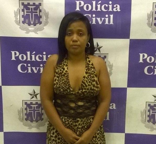 Mulher que procura casal de Uruguai-8177