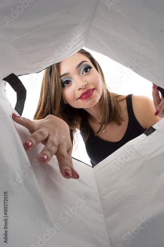 Mulheres que procurando o Surprise-2147