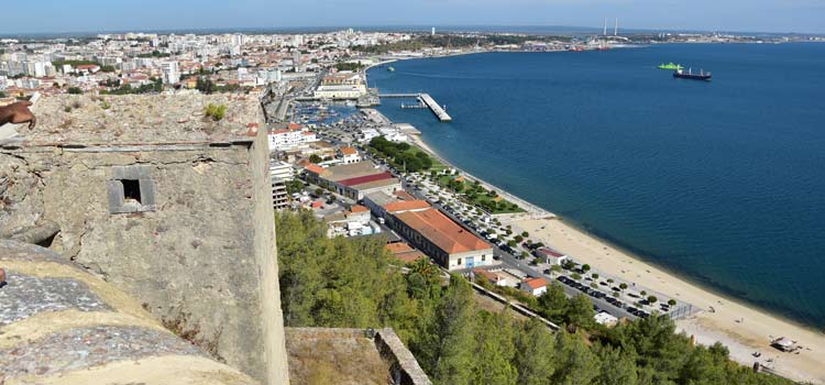 Skokka com  castell Setúbal-2963