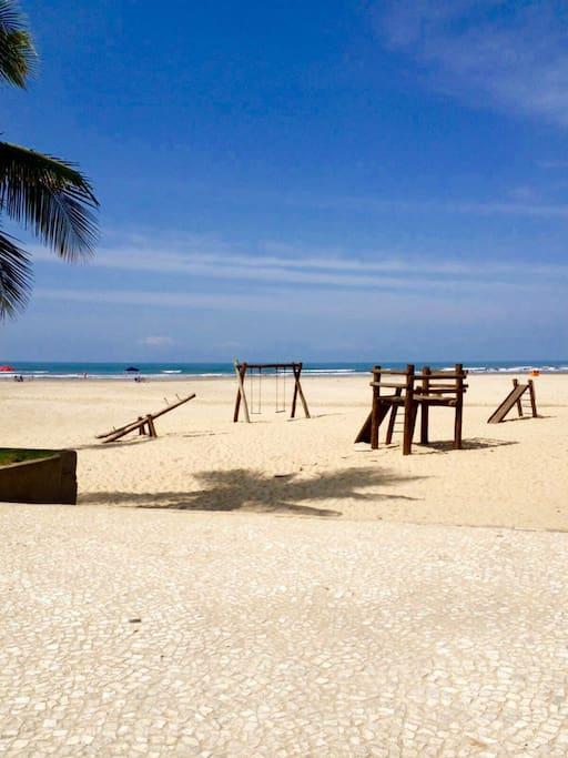 Uncios aparntos Praia Grande-774