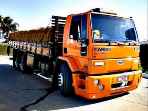 Uncios caminhões em Leiria-1250