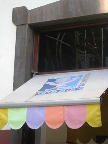 Uncios contatos berçário Funchal-3980